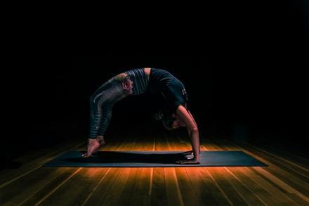 yogaRIOT
