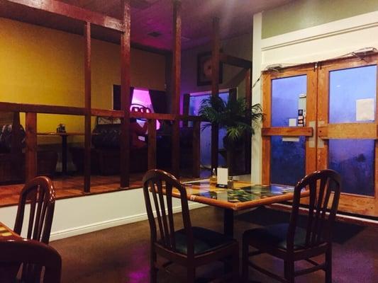 El Tropical Restaurant