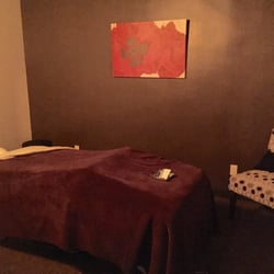 Elements Massage - North Babylon