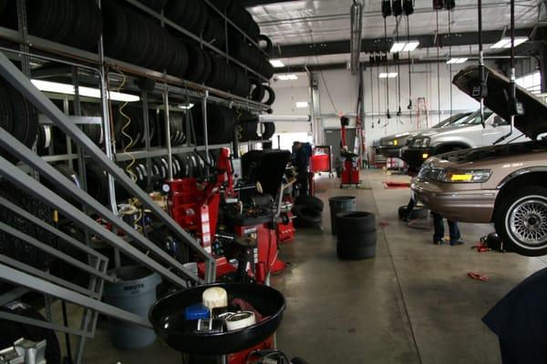Tire Pros & Wheel Experts