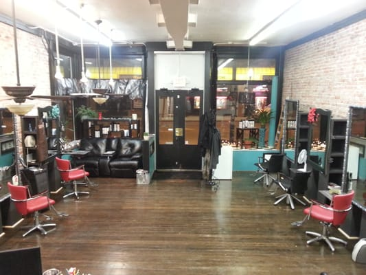 The Blow Dry Bar at Tease Premier Salon