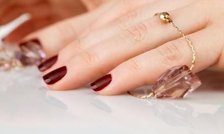 Deluxe Nail Spa And Eyelash Extensions