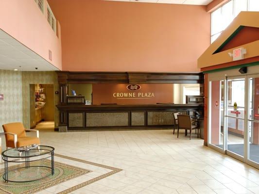 Towne Square Atrium Restaurant