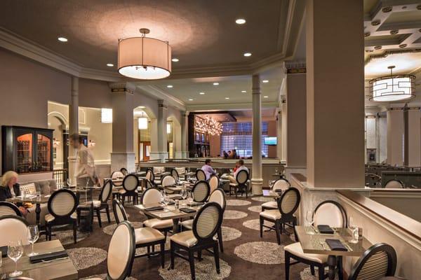 Merchants The Bar @ Hilton St Louis Downtown