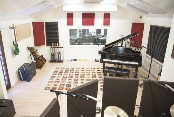 Ladera Studios