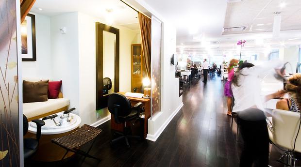 Oscar Blandi Salon