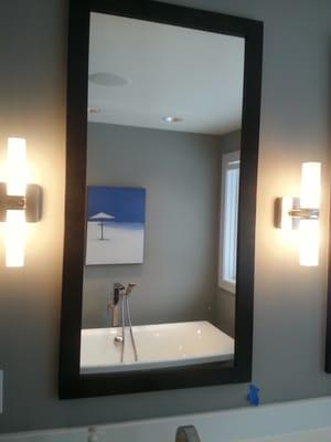 Glass & Mirror Outlet Inc