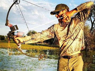Frontier Bowfishing