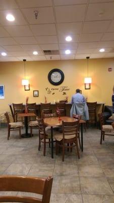 Unwind Cafe