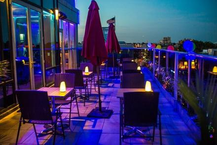 Luna Asian Bistro and Lounge