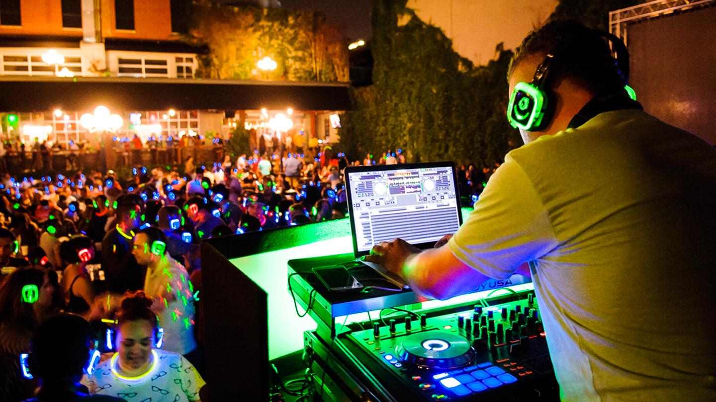 Various Austin Clubs - Quiet Events