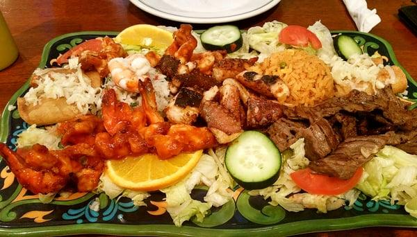 Las Palmas Mexican Seafood and Bar