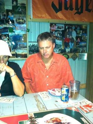 Travler Bar & Grill