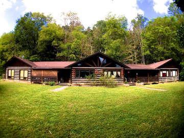 Creekwalk Inn at Whisperwood Retreat