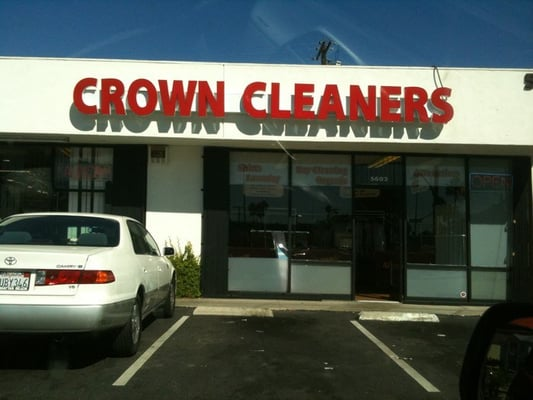 Crown Cleaners & Laundry